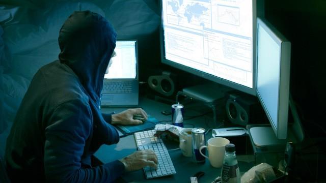 Кібервійськові продовжують блокувати рахунки терористів