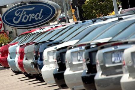 Ford відкликає майже 400 тис. автомобілів