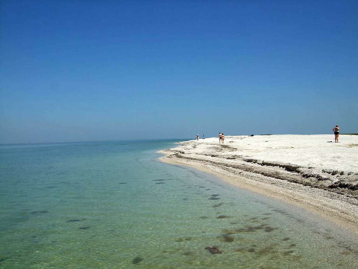 Бірючий острів на Азовському морі в Херсонській області