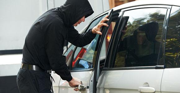 Поліція Херсонщини нагадує водіям не забувати дбати про застереження своїх транспортних засобів