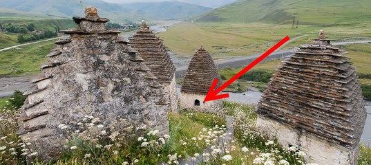 На перший погляд, це звичайне гірське селище. Але від побаченого там кров холоне в жилах!