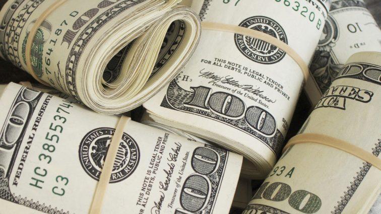 Експерт пояснив, чому так стрімко росте долар США