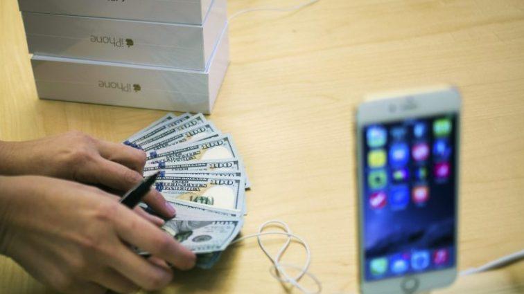 Ви упадете зі стільця! Стало відомо скільки буде коштувати новий iPhone!