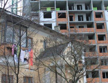 """Українці можуть залишитися без нерухомості: більшість """"хрущовок"""" пора зносити"""