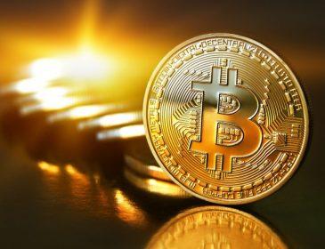 Що сталося з криптовалютою? Біткойн обвалився нижче $1,000