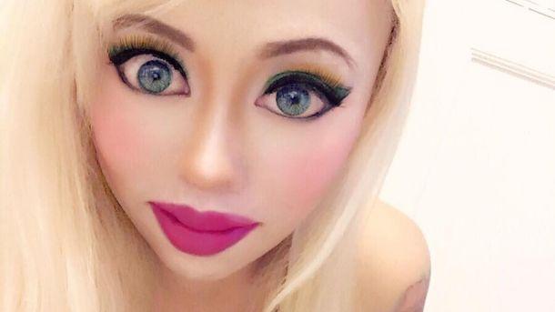 Американка витратила статок на пластику заради схожості з лялькою Барбі
