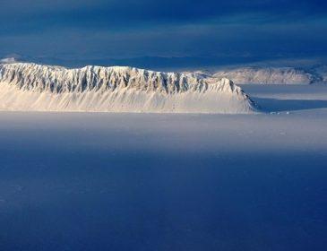 Росія відкрила перше родовище нафти на шельфі Східної Арктики