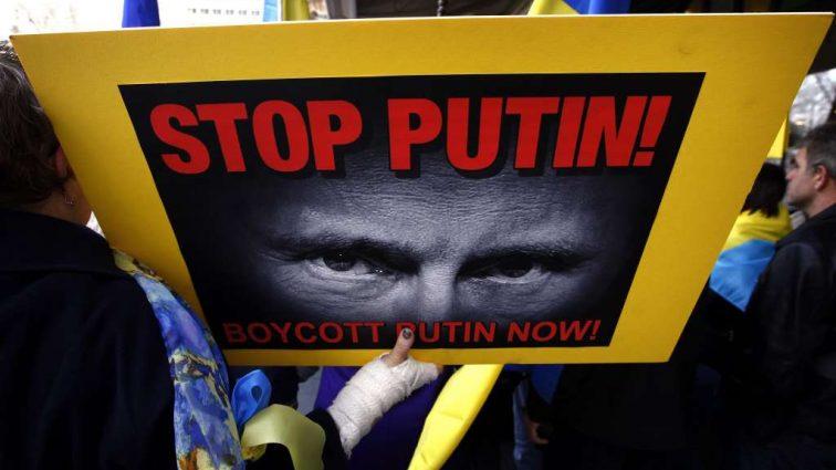 В РФ погрожують не залишити без відповіді нові санкції США