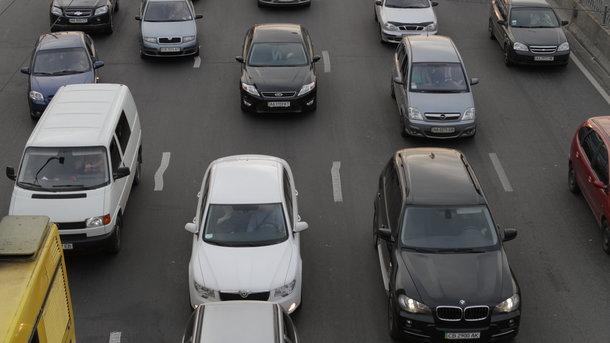 В Україні зросла популярність сервісів оренди авто