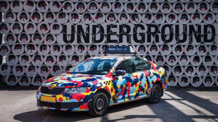 Дизайнери і вуличні художники круто розмалювали таксі: Оцінюйте самі (ФОТО)