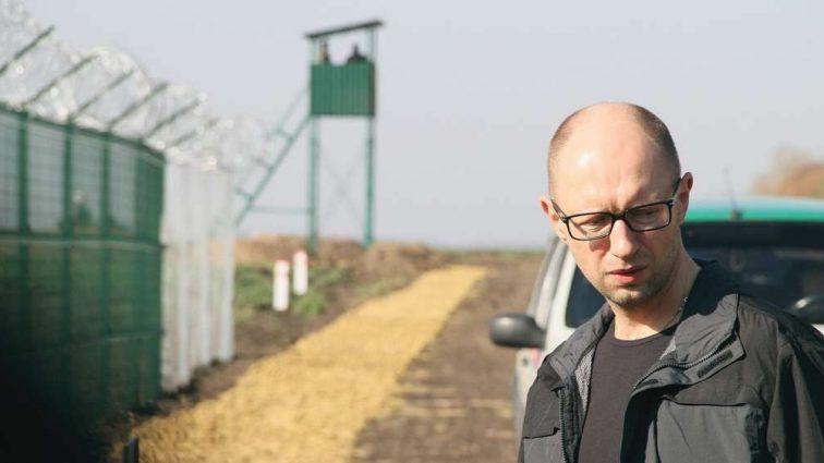 Куди зникли мільйони: ГПУ взялася за «Стіну Яценюка»