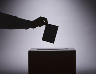 Дострокові вибори: стало відомо, як політики шпигують за українцями