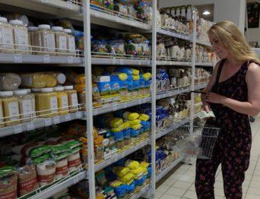 Хто і як захищає українців від поганого товару в супермаркетах