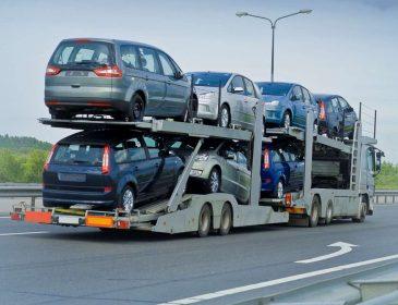 Імпорт в Україну легкових авто в I півріччі зріс майже вдвічі