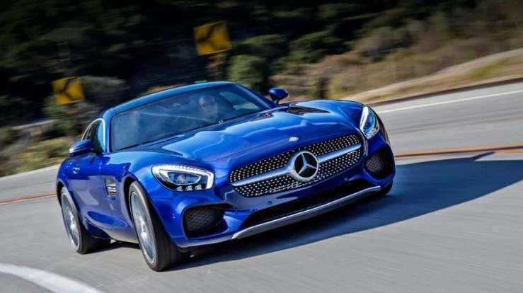 Як чиновники купують Mercedes за ціною «Ланоса» (фото)