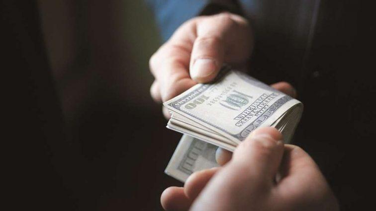 Олігархи створюють нову монополію: куди потечуть гроші українців