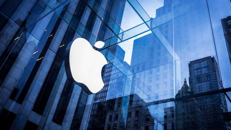 Американська компанія вимагає заборонити виробництво iPhone в Китаї