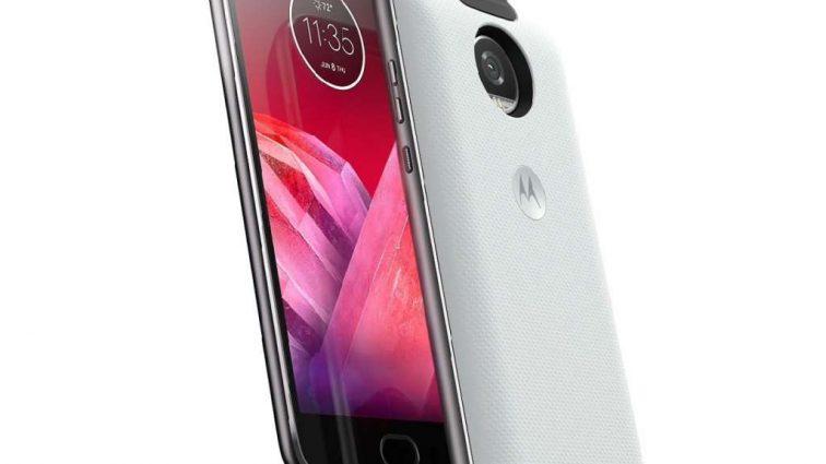Motorola презентувала в Києві Moto X4 і 360 camera mod