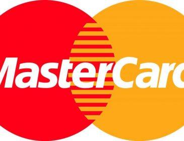 MasterCard заявила про зупинку обслуговування дебетових карток за межами ЄС