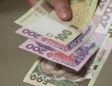 Кому і навіщо потрібні «махінації» з курсом долара в Україні