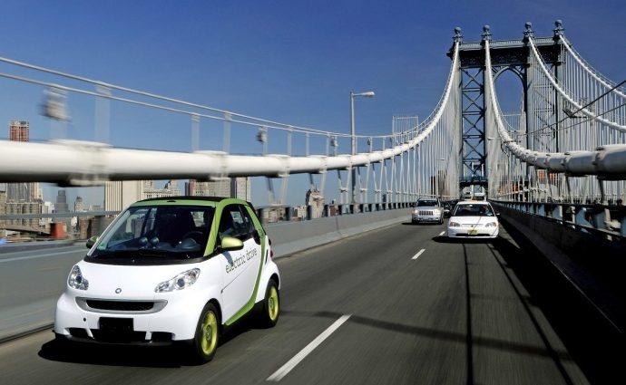 Електромобілям дозволять їздити по смузі громадського транспорту