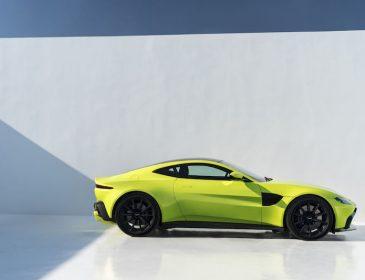 Новий Aston Martin Vantage вражає своїм дизайном