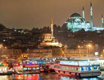 Абсолютно безкоштовно! Які місця варто відвідати у Стамбулі і отримати неймовірне задоволення від побаченого