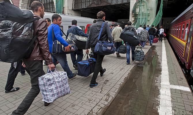 Копійки для поляка: як живуть українські заробітчани в Польщі