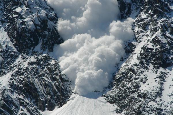 У Карпатах попереджають про сніголавинну небезпеку