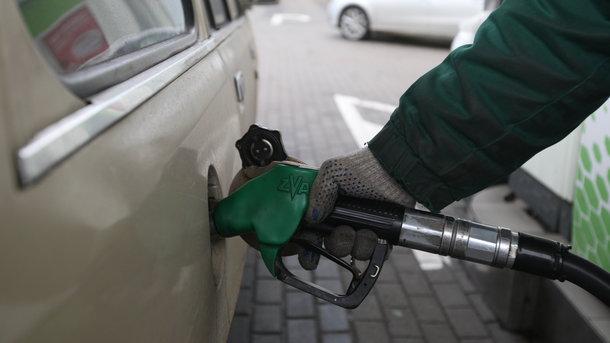 """Результат пошуку зображень за запитом """"Вартість бензину у лютому: чого чекати водіям"""""""