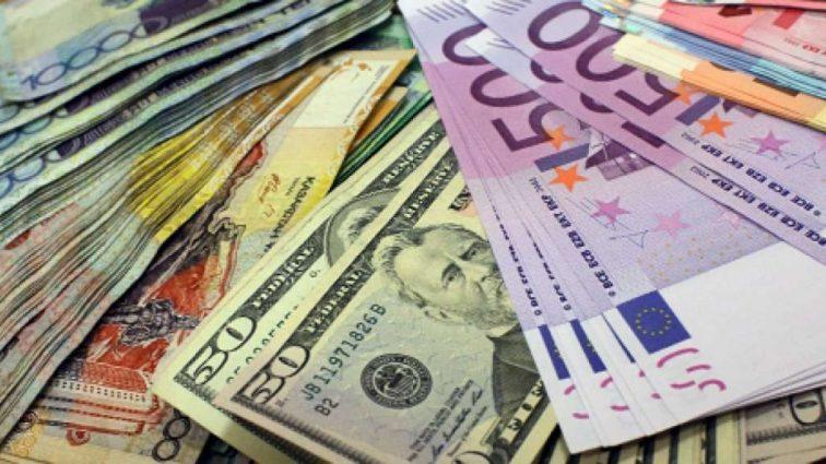 Що буде з курсом валют найближчим часом – прогноз Гройсмана