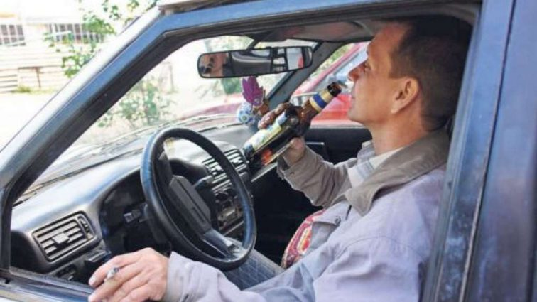 Названо нову вартість: в Україні подорожчають бензин, цигарки і алкоголь