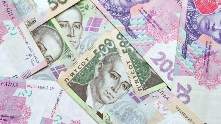 Комуналку доведеться платити і за сусідів: Українці вже можуть викидати свої лічильники. Як будуть нараховувати плату за новим законом