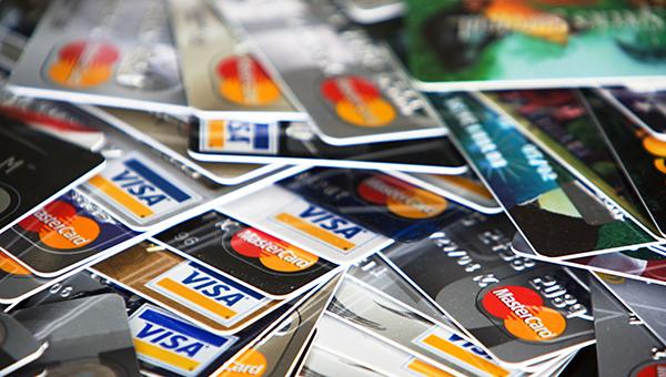 """""""Дані 5 млн банківських карт в руках злодіїв"""": дізнайтесь деталі"""