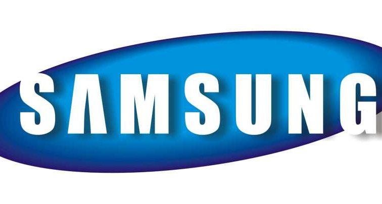 Samsung запатентувала складаний і прозорий смартфон