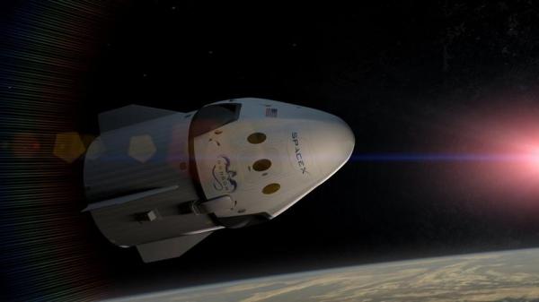 Маск знову дивує: Пасажирський корабель в безлунній камері