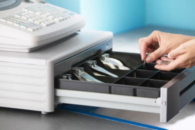 """Експерт розповів, як новація з касовими апаратами вплине на """"тіньовий"""" бізнес"""
