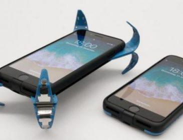 """""""Врятує від падіння"""": Для смартфонів створили """"подушку безпеки"""""""
