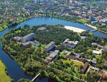 """""""Вважається одним з найкращих в Україні"""": чим курорт Миргород щороку приваблює дедалі більше туристів?"""