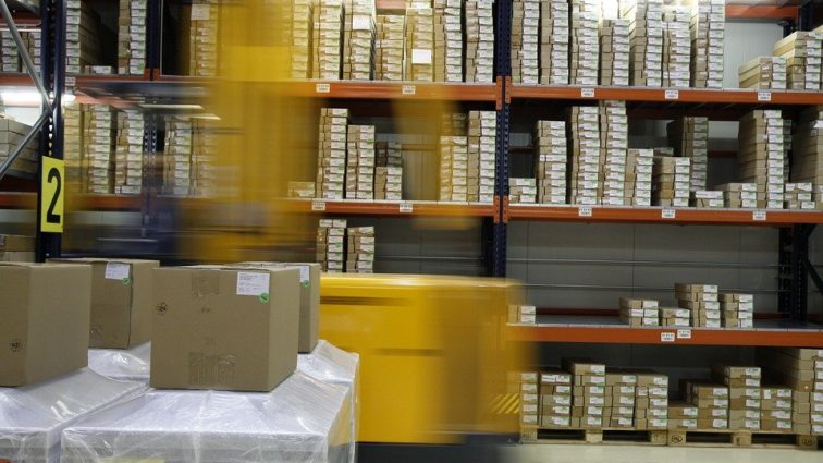 """""""Контрабандна техніка і не тільки"""": що насправді продають нам інтернет-магазини"""