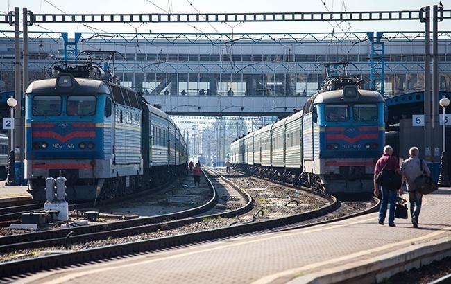 """Стало відомо, чи зможуть пасажири """"Укрзалізниці"""" отримати компенсацію за погані умови в поїздах"""