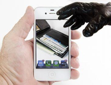Журналісти провели експеримент: як українців обманюють телефонні шахраї