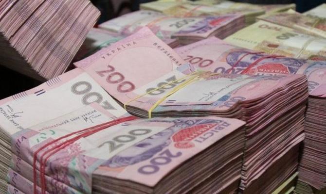 В Україні значно зросли розміри виплат за лікарняним