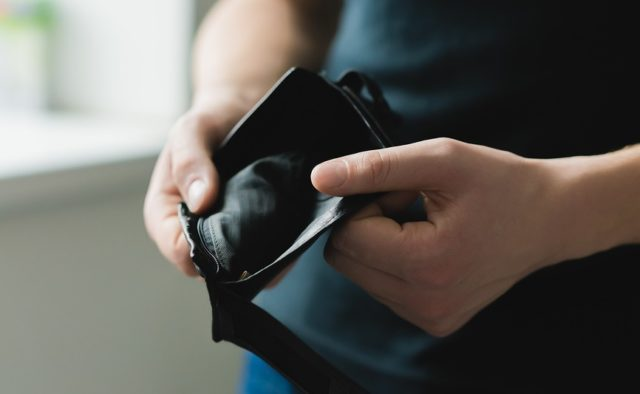 Візьмуть з гаманців українців: стало відомо, чим може обернутись новий договір з МВФ