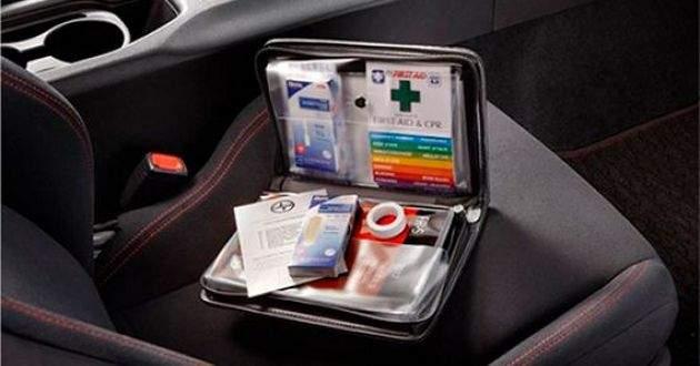 Медична аптечка в автомобілі: Що світить водієві за її відсутність