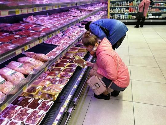 На скільки в Україні за рік подорожчало м'ясо? Статистика дивує