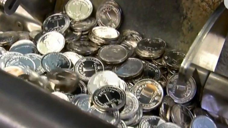 Із чистого срібла: НБУ випустили нові гроші