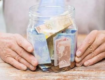 Що таке пенсійна солідарна система і як це працює?