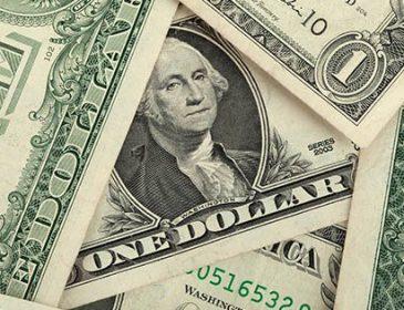 Новий курс валют від НБУ: що сталося з доларом, після свят?