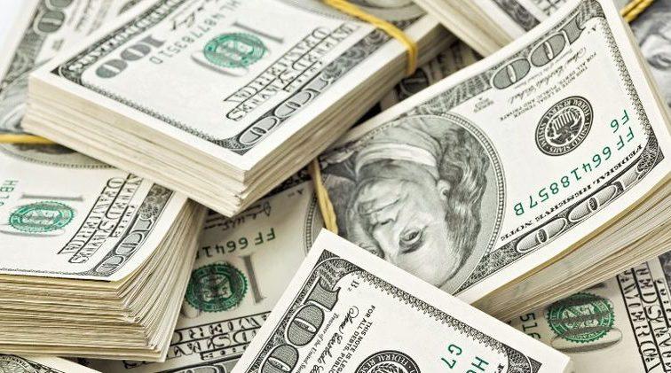Банкомати й термінали: для українців з'явились нові способи обміну валют